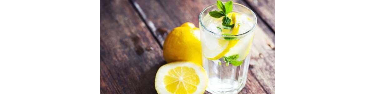 Boire de l'eau avec du citron fait-il vraiment maigrir